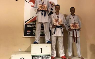 Tri bronze za fočanske karatiste na Prvenstvu Srpske