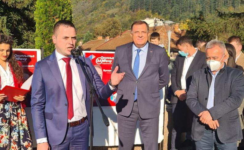 Vukadinović: Za mlade bračne parove i višečlane porodice stanovi pod najpovoljnijim uslovima