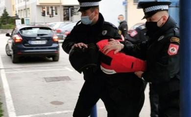Pretresi i hapšenja u Foči
