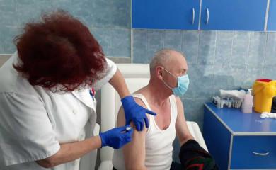 UB Foča: Vakcinacija jedini način da se pobijedi zlokobna korona