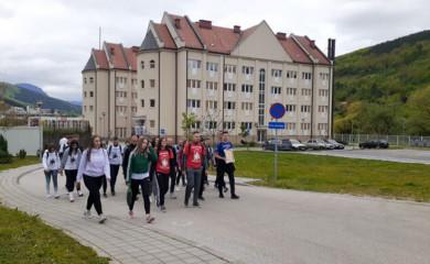 Studenti iz Foče pješice pod Ostrog