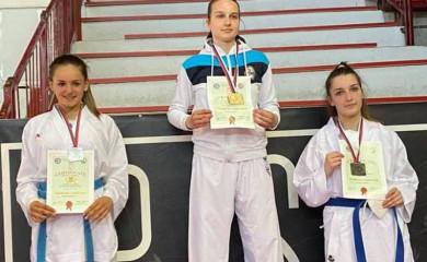 Karate: Srebrne Andrea i Valentina