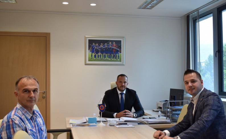 Fudbalski savez BiH pomaže izgradnju pomoćnog stadiona