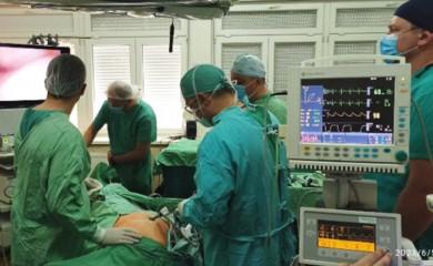 UB Foča: Mali rez mijenja otvorenu operaciju i u grudnoj hirurgiji